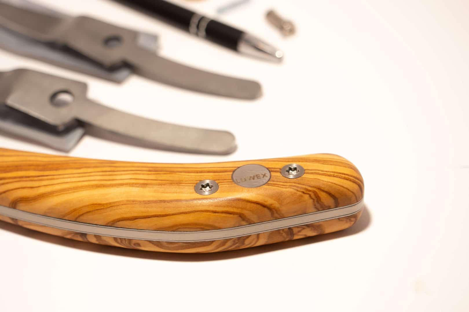 Luwex Drop Blade Set - Handle Close Up